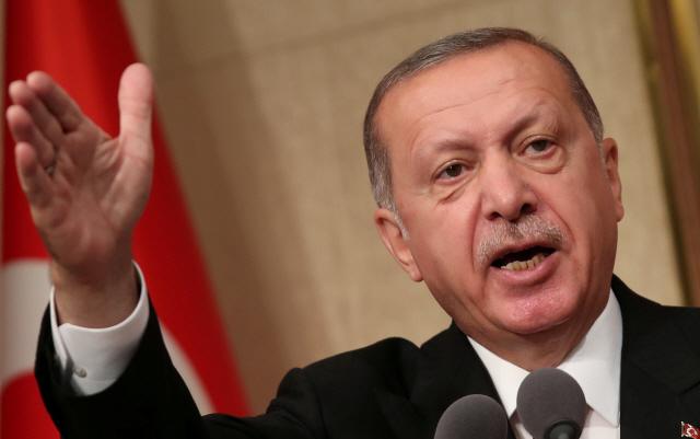 내달 지방선거 터키, '정부전복 혐의 경찰과의 전쟁' 선포