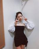 '블랙핑크 지수' 몸매 대박! 짧은 치마 입고 섹시함 가득 풍겨, 이 겨울에 파격 노출