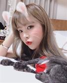 홍진영 셀카에 담은 '귀요미+섹시美' 키스를 부르는 입술에 '꼴깍'