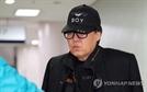 '그림 대작 무죄' 조영남, 추가기소된 사건도 무죄
