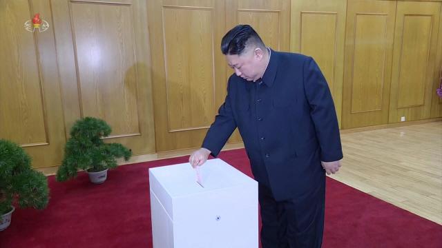 태영호 '北, 스마트폰 탓에 회담 결렬 소식 할 수 없이 알려'