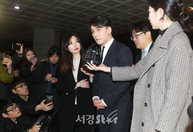 """[전문] 빅뱅 승리, 연예계 은퇴 공식발표..""""빅뱅 명예를 위해서라도 """""""