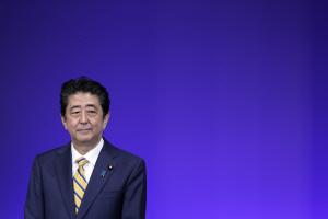 '당규로 금지' 4선론 선 그은 아베 日 총리
