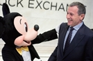 S&P 500 소속 132개 기업 CEO, 평균 총보수 140억원…월트 디즈니 750억