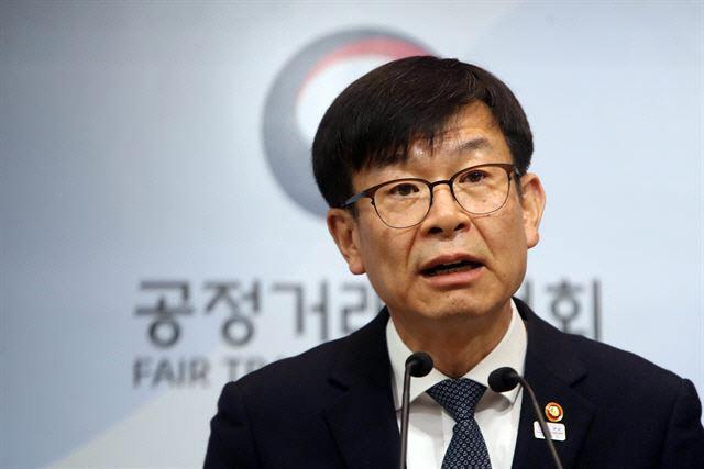 김상조 '3년 전과 상황 달라'…LGU+·CJ헬로 합병 파란불