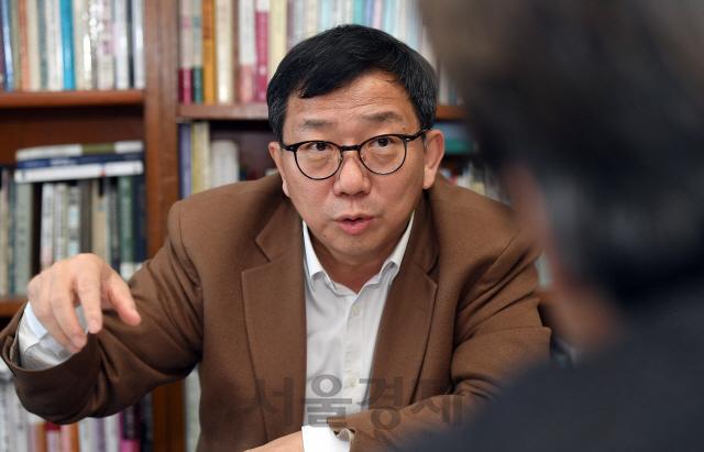 [정상범 논설위원의 청론직설] '강제징용 배상 뇌관 5월이 고비…이젠 대통령이 결단내려야'