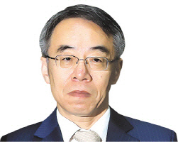 '사법농단 스모킹건' 임종헌 전 차장 USB 증거로 인정