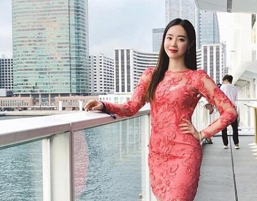 양정원 요가복만 섹시한게 아냐, 핑크 시스루에 홍콩도 'S라인에 취해'