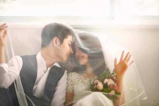 '결혼식 꼭 해야하나요?' 여자보다 남자가 더 따진다