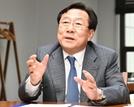 """[김기문 중기중앙회장 특별인터뷰] """"2023년까지 중기 전문은행 설립"""""""