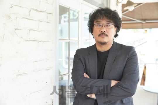 역시 '깐느 봉'...봉준호 '기생충' 칸영화제 경쟁 부문 확정