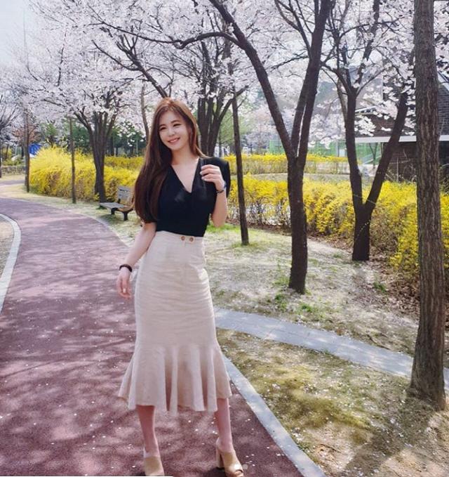 강예빈 벚꽃보다 예쁨, 섹시美 철철 흐르는 몸매로 시선집중