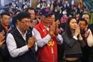 신의 계시로 대선 출마? '대만판 트럼프' 궈타이밍 폭스콘 회장