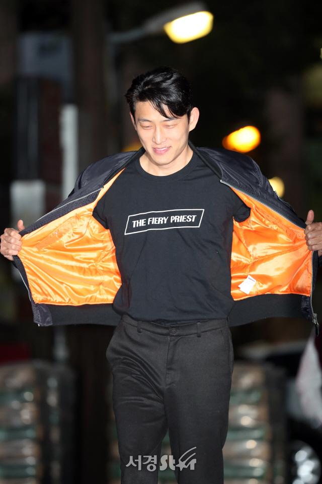 고준, 열혈사제 단체복!! (열혈사제 종방연)