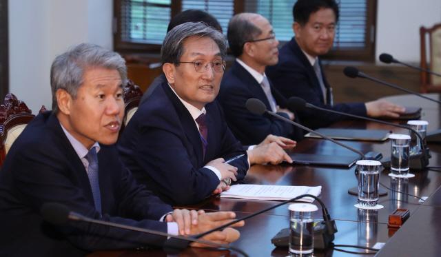 노영민 '4차 남북정상회담 준비 무엇이든 다해야'
