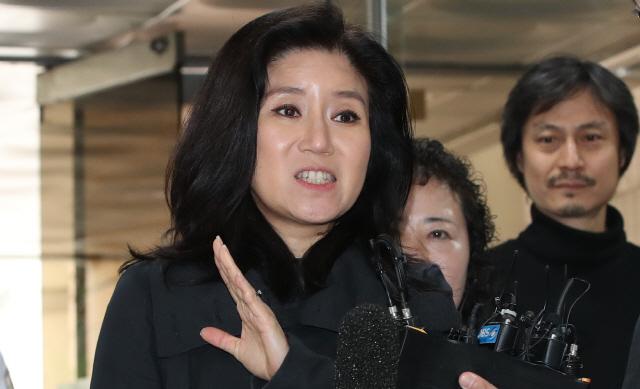 '동물 안락사' 논란 박소연 대표 구속 기각