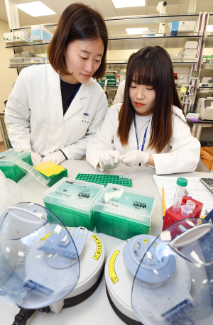 [삼성미래의학연구원 본지에 첫 공개] '빅데이터로 맞춤 치료·줄기세포 연구 선도'