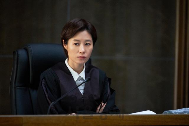 [리뷰-영화 '배심원들'] '보통 사람'이 만든 위대한 재판의 '깊은 울림'