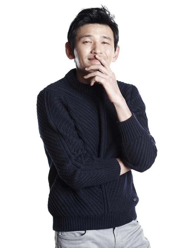 '인질(가제)' 황정민, '배우 황정민' 연기한다..첫 촬영 돌입