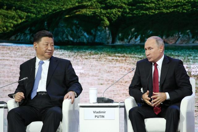 """푸틴, """"6월 시진핑 러시아 국빈 방문 기대"""""""
