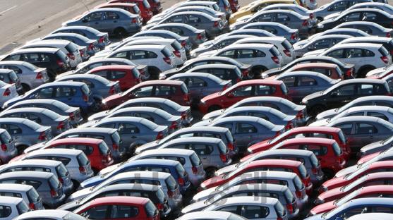 """블룸버그 """"트럼프, 한국 자동차는 표적 관세에서 제외"""""""