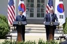 트럼프 내달 하순 방한…文과 北비핵화 협의