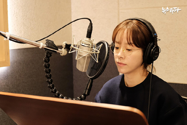 감동 다큐 '김복동' 8월 개봉 확정, 한지민 내레이션 참여 화제