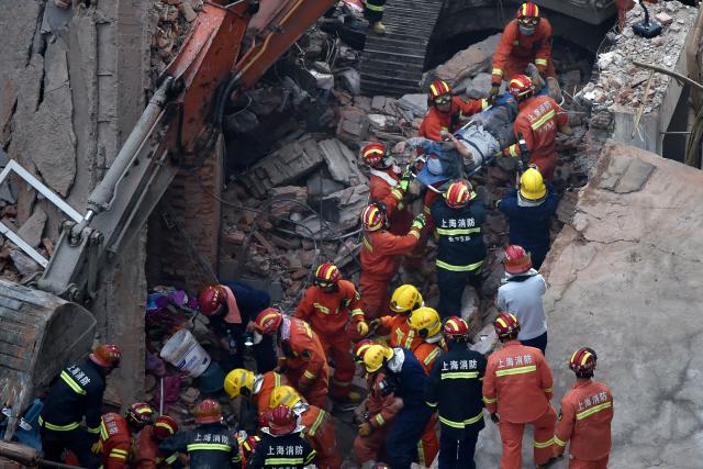 中 상하이서 건물 붕괴로 7명 사망