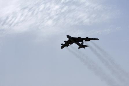 美, 걸프해역 운항 민항기에 주의보…커지는 군사적 긴장감