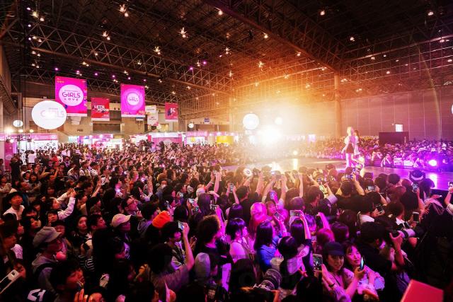 CJ ENM '케이콘 2019 재팬', 역대 최대 8만8,000명 인파 몰려