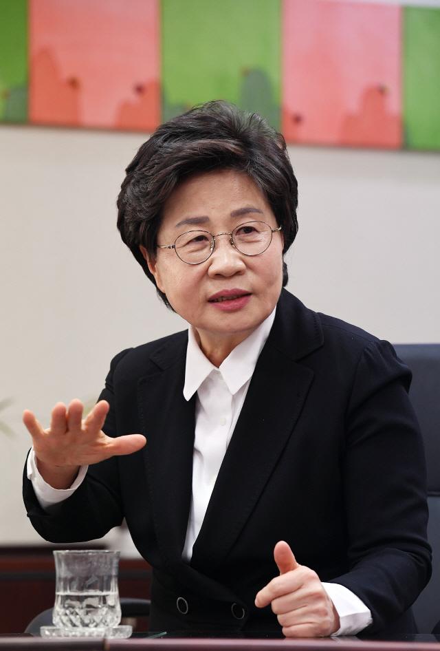 [서경이 만난 사람] 정윤숙 '남북경협 재개 대비…北 여성 위한 창업 인프라 마련 검토'
