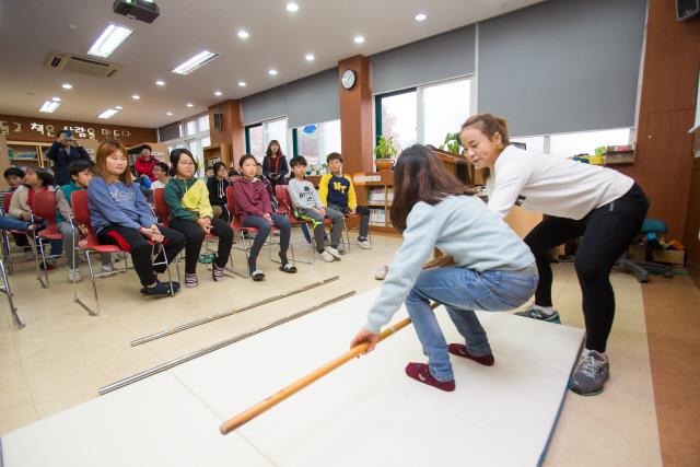 체육공단, '스포츠스타 체육교실' 학교·강사 모집