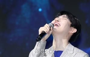 김재환, 활짝 미소 (쇼케이스)