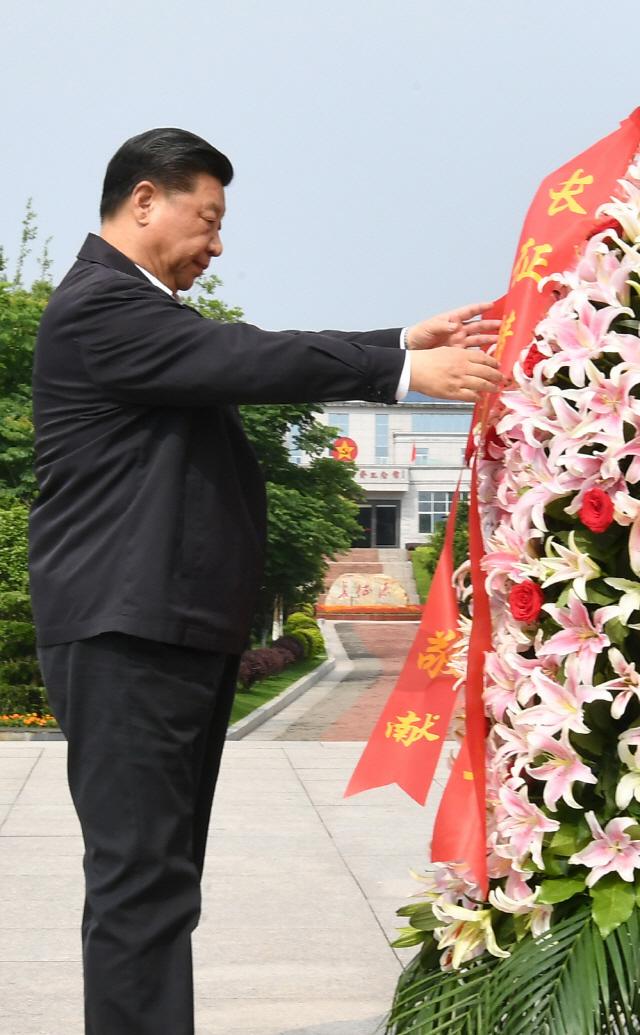 대장정 城地서 선거 유세장서...무역전쟁 전의 다지는 트럼프·시진핑