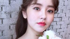 """김소현 """"이건 너무 예쁘잖아"""" 극한 청순에 피어난 섹시 매력"""