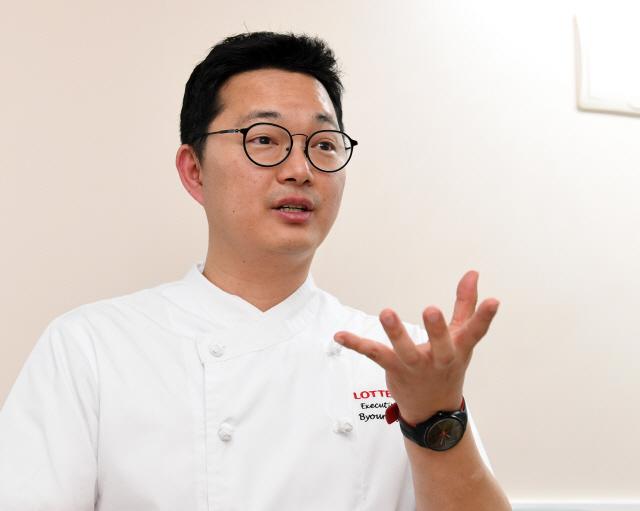 '맛 타깃 잡고 제품 개발...음식 색감에도 신경 써요'
