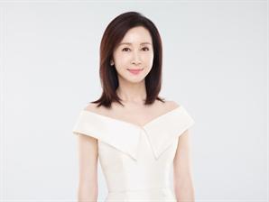 [공식] 전인화, 데뷔 첫 고정 예능 '자연스럽게' 도전..유일용PD 첫작품