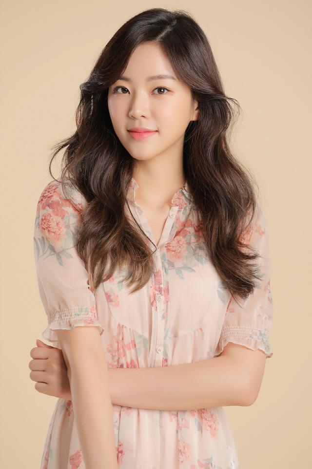 [공식] 신예 표혜림, '위대한 쇼' 캐스팅 확정..이선빈과 호흡