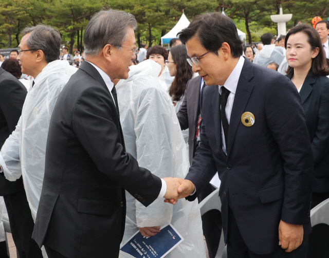 [의사당역 1번출구]정말 독재단계? 나경원이 말한 '신(新)독재' 살펴보니..