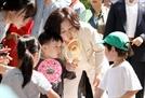 """다문화 가족 찾은 김정숙 """"불평등과 냉대 겪게할순 없어"""""""