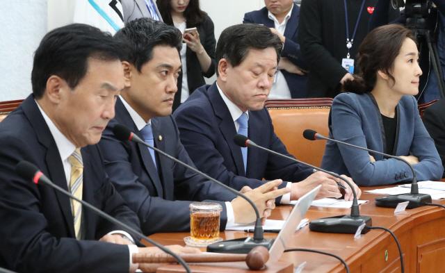 """孫 """"퇴진 없다""""에 오신환 """"독선 운영, 당 정상화 어렵다""""…정면 충돌"""