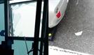 강풍에 깨진 해운대엘시티 83층 유리창 파편 우수수