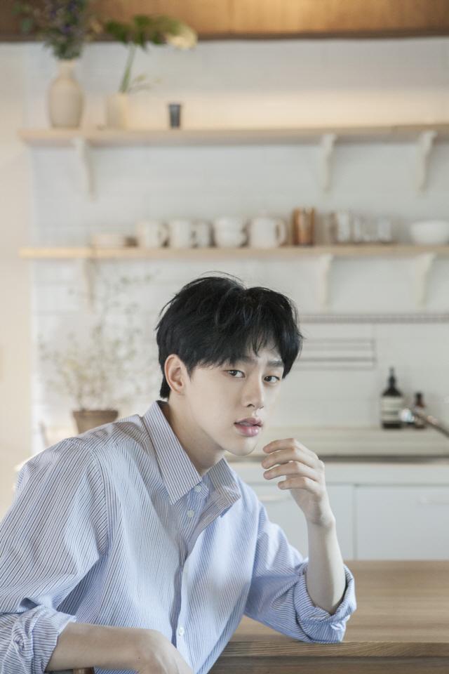 [공식] JBJ 출신 권현빈, 올 여름 솔로가수로 데뷔한다