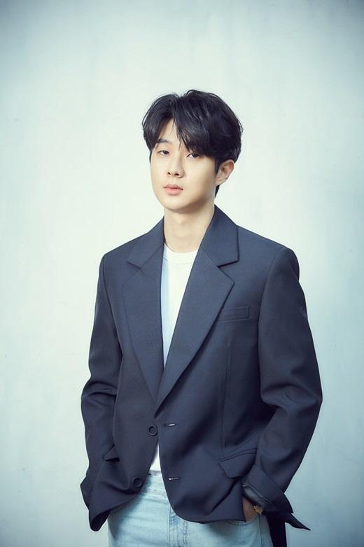 """[인터뷰] '기생충' 최우식, """"봉준호 감독, 채찍보다 당근을 주셔서 감사하죠"""""""