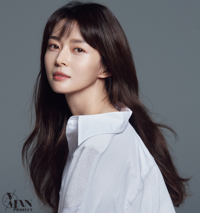 [공식] 권나라, A-MAN프로젝트와 전속계약 체결..본격 '배우인생 2막'