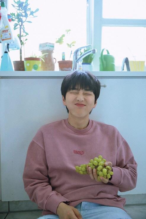 """[인터뷰] 산들의 버킷리스트 """"죽기 전까지 앨범 내고 파"""""""
