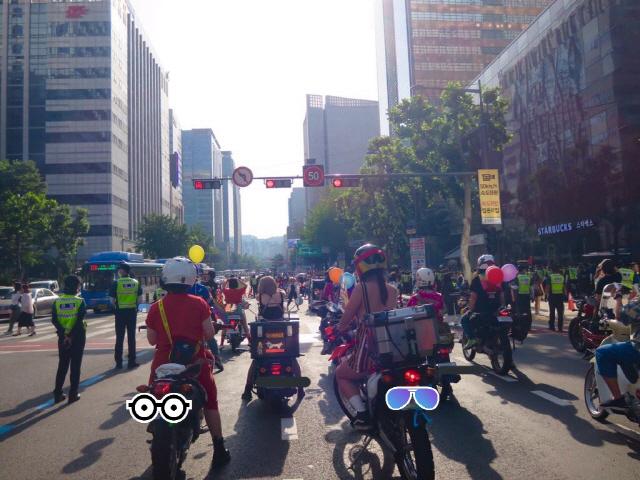 [두유바이크]89'퀴어 퍼레이드' 함께 한 모터사이클 라이더들