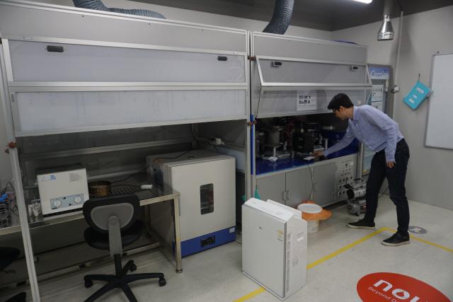[VC PICK 바이오루키]'연 3억원 필요한 진단 실험실 ...마이랩 1대면 해결'