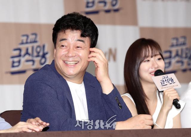 백종원-이나은, 촬영 후 회식 '행복' (고교급식왕 제작발표회)