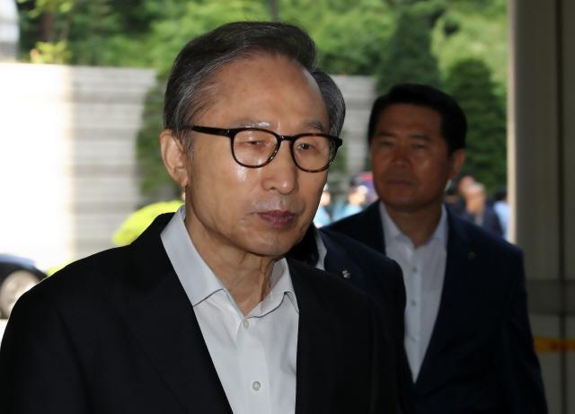 MB 수십억 추가뇌물 의혹…檢, 재판 연장 요청
